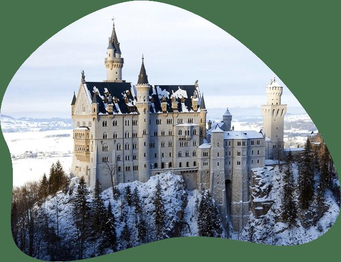 Bild von Schloss Neuschwanstein, als Titelbild für die Regeln zur Hundehaltung in Bayern