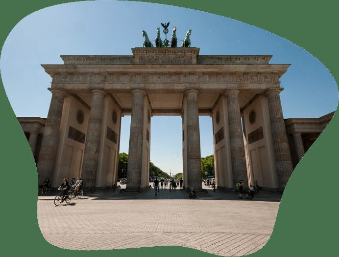Bild des Brandenburger Tor, als Titelbild für die Regeln zur Hundehaltung in Berlin