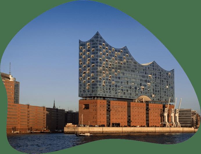 Bild der Elbphilharmonie Hamburg, als Titelbild für die Regeln zur Hundehaltung in Hamburg
